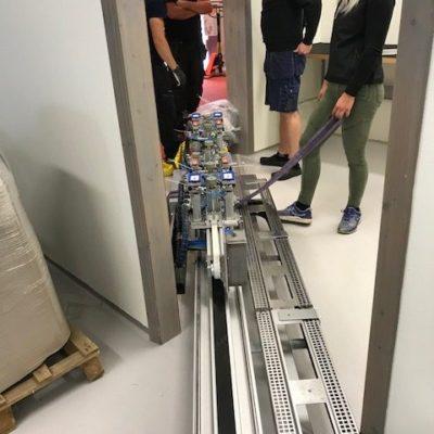 Skenan till maskinen är både lång och tung
